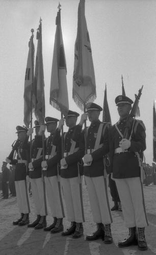 신현확 국무총리 학군단(ROTC) 임관식 참석  #933