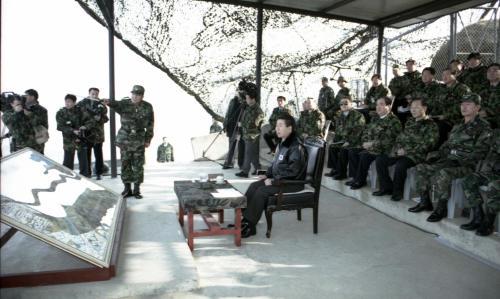노무현 대통령 연말 국군부대 방문, 장병과 오찬  #277169