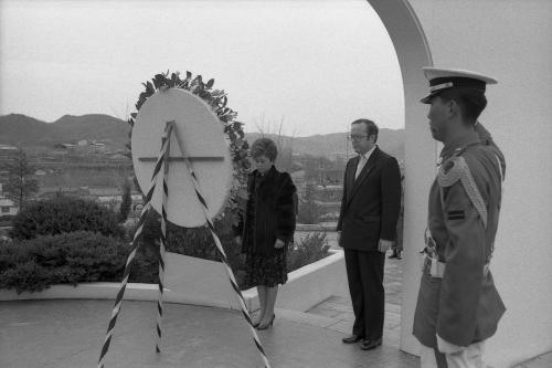 벨기에 수상 벨기에 참전 기념비 헌화  #46215