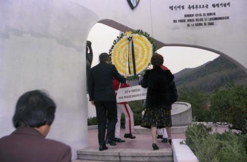 벨기에 수상 벨기에 참전기념비 헌화  #49091