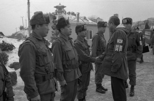 노신영 국무총리 및 국무위원 전방부대 시찰  #60815