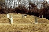 여천위 민자방 묘역
