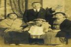 일본인 가정집에서 일할 당시 일본인 가족 사진